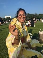 Almas feeding me some jagabataa