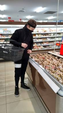 Ninja-grocery shopping
